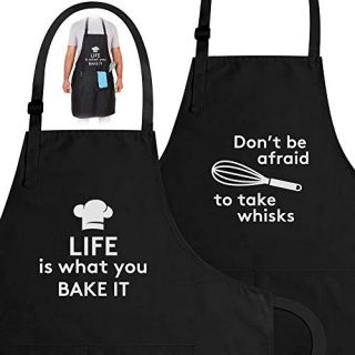 Zulay (2-Pack) Funny Aprons For Women, Men & Couples - Adjustable Universal Fit Cooking Apron - Black Apron With Pockets For BBQ, Baking, Painting, Wedding Gift & More - (Funny Cooking Puns)