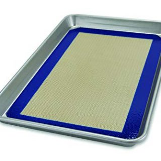 USA Pan Bakeware Nonstick Half Sheet Pan and Silicone Mat Set, 1 EA