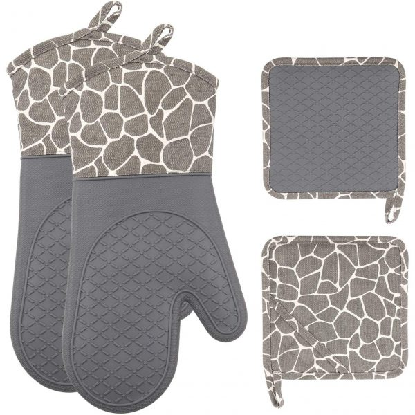 Oven Mitts and Pot Holders Set 500 F Heat Resistant
