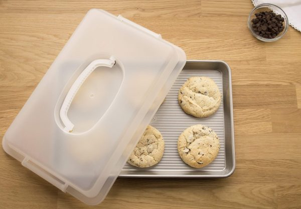 USA Pan Bakeware Nonstick, Jelly Roll Pan with Lid